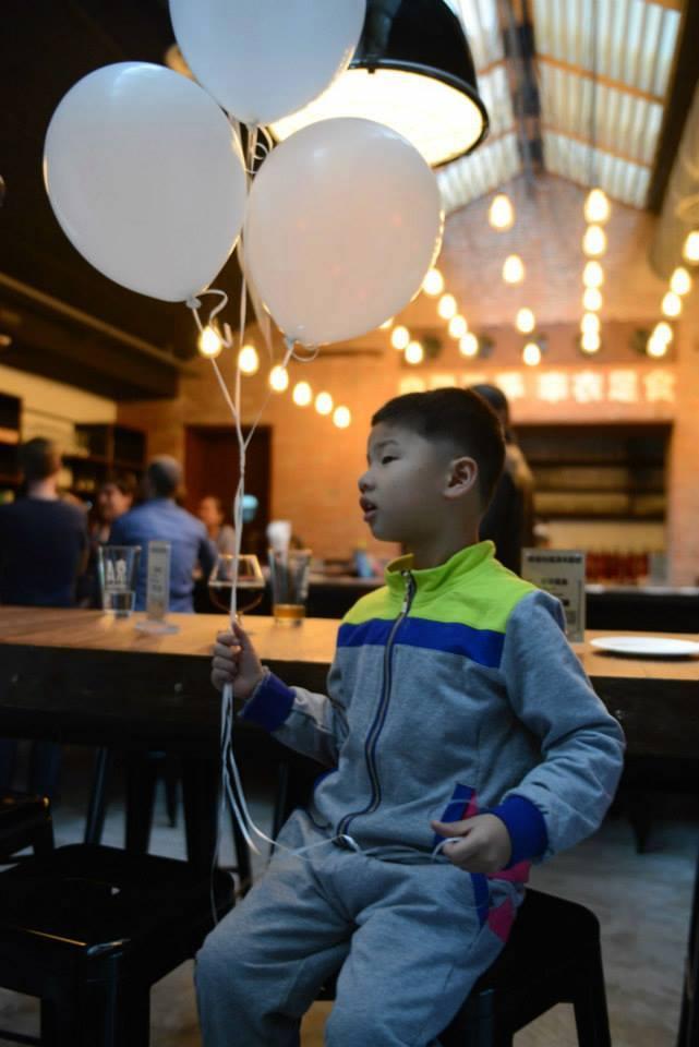 Simon balloons