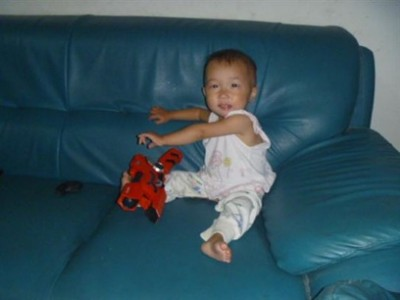 Marieli-with-toy-e1375108950985
