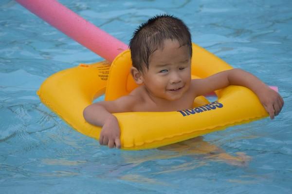2015 8 Levi swimming